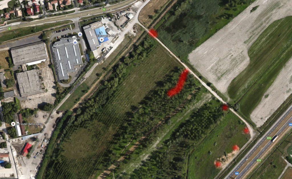 """A bejelentő által megjelölt szeméttel """"fertőzött"""" útszakasz. Fotó: Google Maps"""