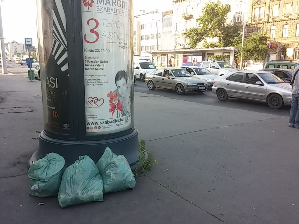 """A """"szabad"""" szemételhelyezés újabb példája. Fotó: hulladekvadasz.hu"""