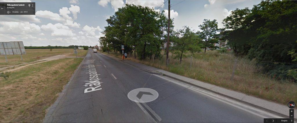 A Google Maps szerint 2014-ben így nézett ki a József utcai buszmegállója. Fotó: Google Maps