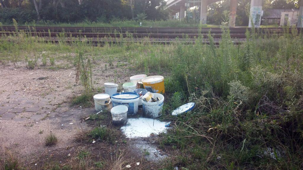 Ipari tevékenységből származó veszélyes hulladék. Fotó: hulladekvadasz.hu