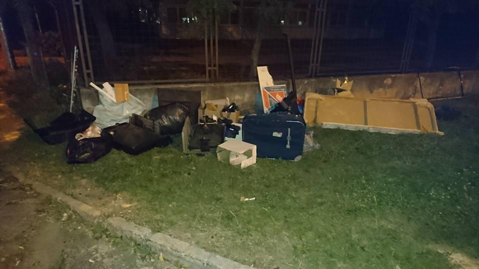 Éjszakai hulladékvadaszat eredménye a XVIII. kerület Csontváry utcából. Fotó: hulladekvadasz.hu