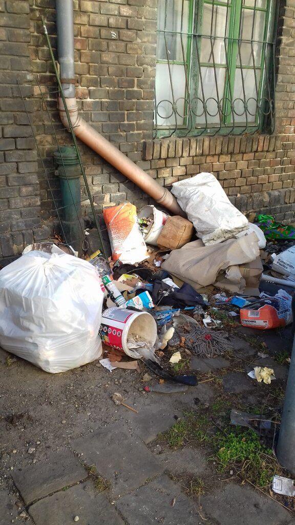 A Verseny utcai illegális hulladéklerakat. Fotó: hulladekvadasz.hu