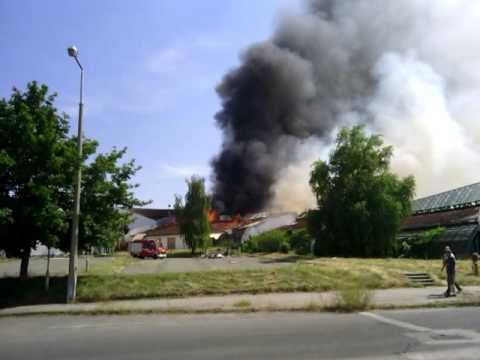 Holttestet találtak a tűzoltók egy kigyulladt debreceni lakásban