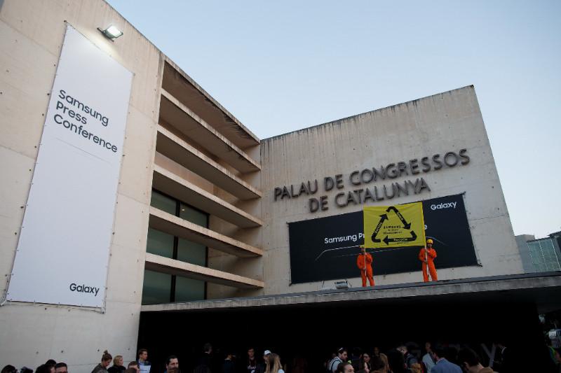 okostelefonok Fotó: © Pablo Blazquez/Greenpeace