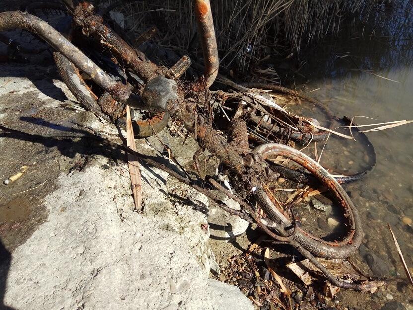bicikli temető