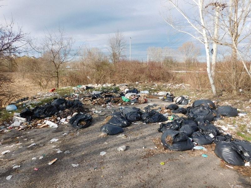 Újpest és Rákospalotán kialakult hulladékzóna. / Fotó: hulladekvadasz.hu