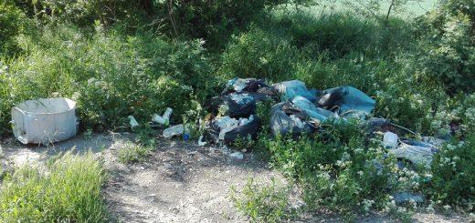 Kecskemét határában veszélyes hulladék 44-es úton