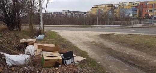 Újbuda-Tóváros lakópark mellett szemétlerakás
