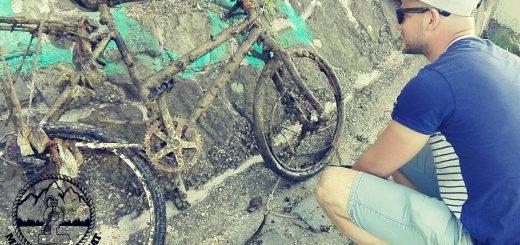 Rejtélyes bányató mélyén bicikli temető