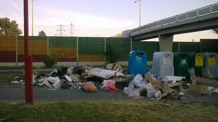 2017.06.19. reggeli állapotok a feltehetőleg a kerületben zajló lomtalanítási állapotok miatt. / Fotó: hulladekvadasz.hu