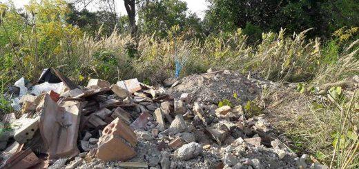 Hévízgyörk pusztályán építési hulladék