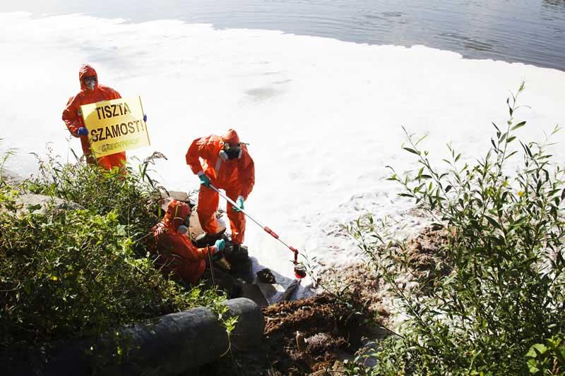 Szamos szennyezése Szamos szennyezését csak a vak nem veszi észre. / Fotó: Greenpeace