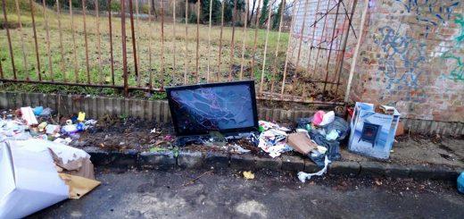 Bosnyák utca hulladéklerakatra Zuglóban