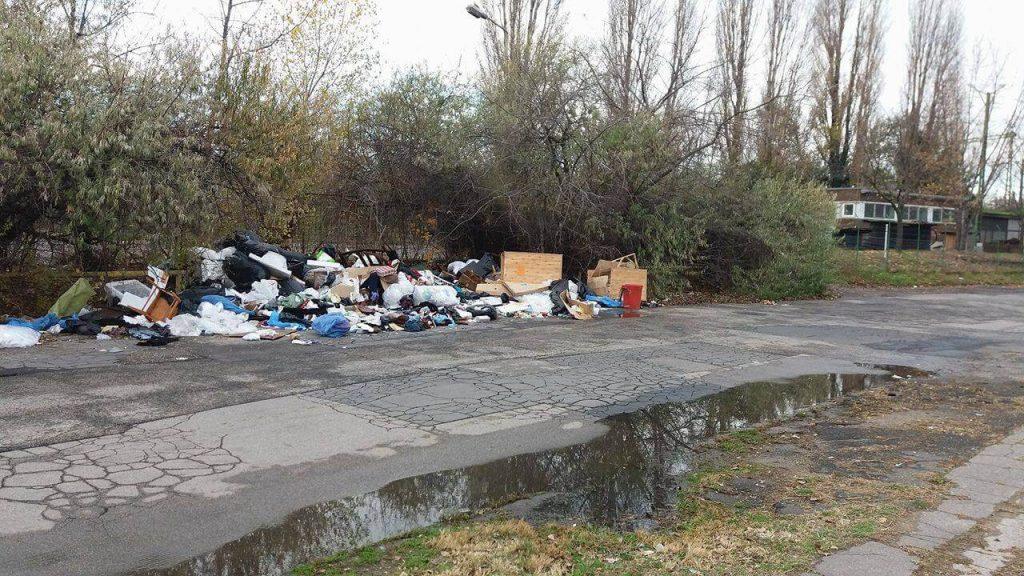 Horog utca, mi nem így szeretünk! / Fotó: hulladekvadasz.hu