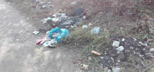 Csepeli Rákóczi Ferenc utca hulladékhalmai