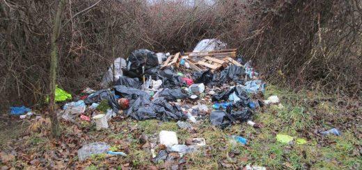 Hármashatárhegyi repülőtér döbbenetes hulladékhalma