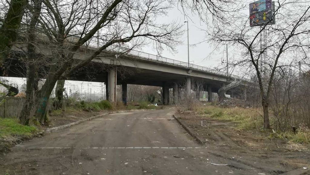 A fénykép november 25-én készült a Hungária körúti felüljáró alatti területről. / Fotó: hulladekvadasz.hu