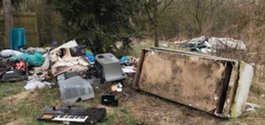Veszprémvölgyi utca háztartási hulladéklerakatai