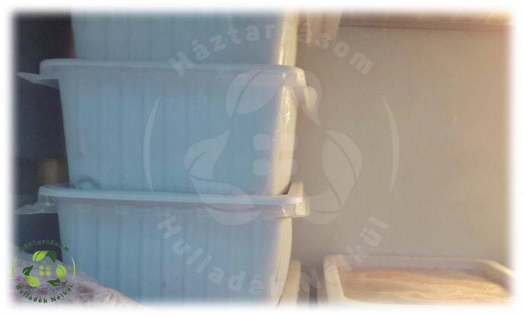 Műanyag eszközök között szerepelnek a fagyasztós dobozok is