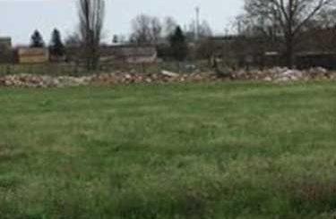 Nagykőrös zöldövezetében építési hulladék