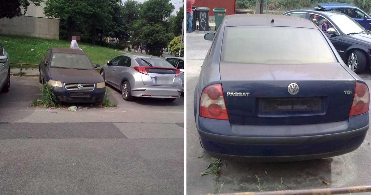 Egy Volkswagen Passat elől is hátul is jól láthatóan hiányos. Nincs rendszámtáblája. / Fotó: hulladekvadasz.hu
