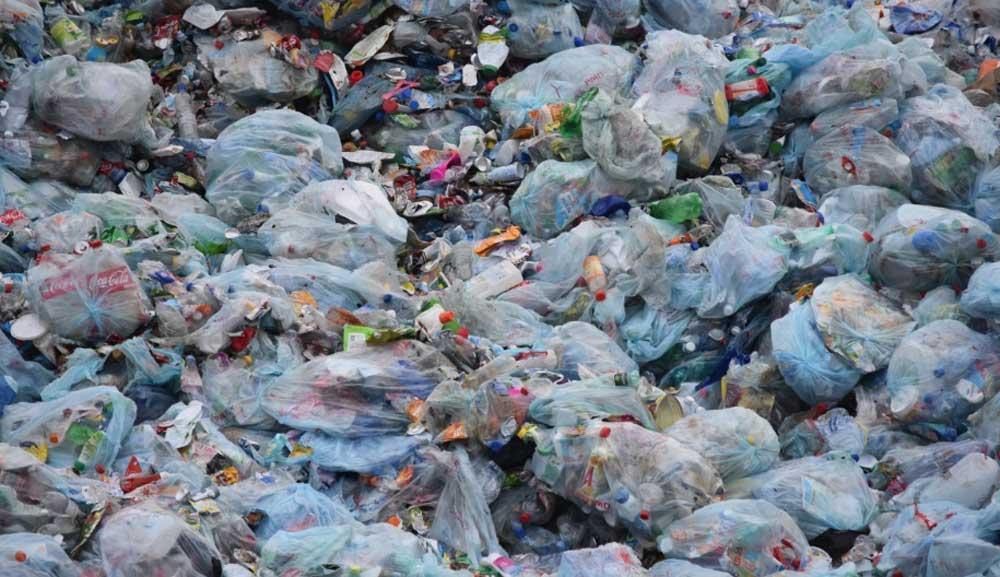 Vajon az eldobható műanyag nélkül szebb és boldogabb lesz az életünk?