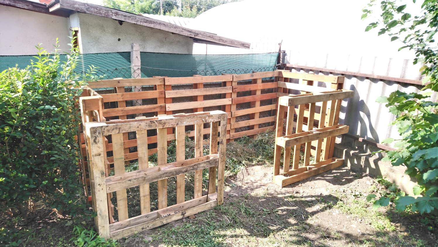 Egy készülő komposzt. Célszerű az alapokat nem elrontani. / Fotó: hulladekvadasz.hu