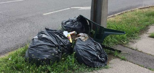 A Vágány utca sarkán hulladék Angyalföldön. / Fotó: hulladekvadasz.hu