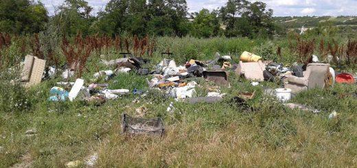 Egyházasdengeleg műholdról látható hulladéklerakatai