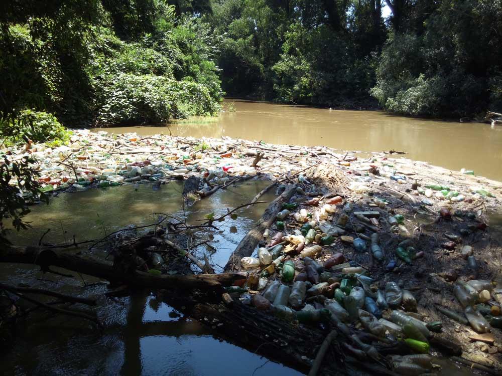 Maros folyót is elérte a műanyaghulladék apokalipszis