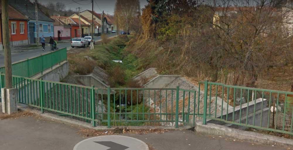 A Google Street view képe szerint a csatorna 2011-ben így nézett ki. / Fotó: Google Maps