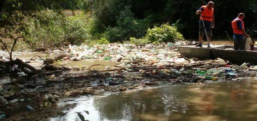 Maros takarítása, avagy a ATIVIZIG munkatársai a folyó megmentői