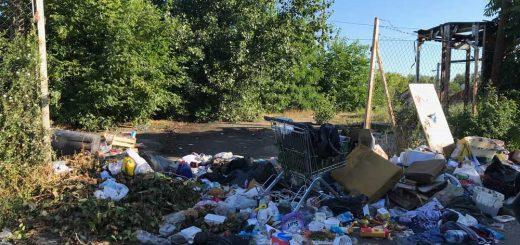 Spontán szeméttelep terrorizálja Csepel lakosságát