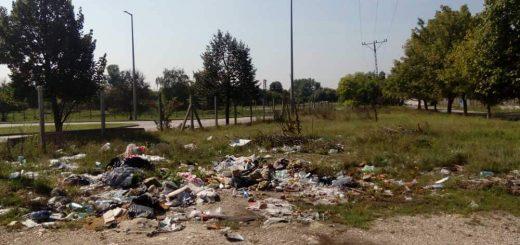 Mártírok utca balkáni állapota a bevásárlóközpont mögött