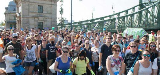 Történelmi Dunamentő kaland: 400 ember a tiszta Duna-partért