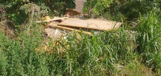 Seregélyes külterületén illegális hulladéklerakás