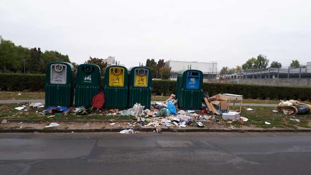 szelektív hulladékgyűjtő szigetek