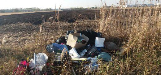 Üllő elkerülő (4-es út) melletti hulladéklerakatok