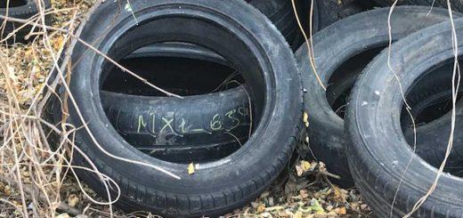 Autógumi hulladék rendszámmal Ecseren