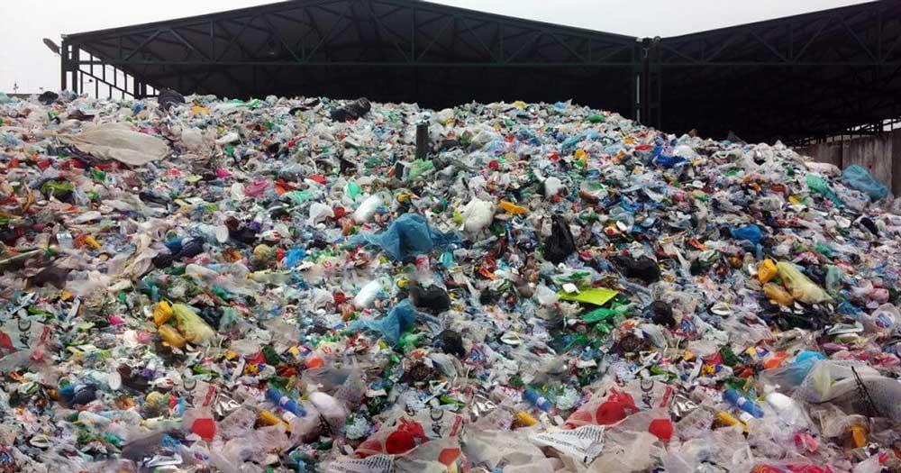 Akárhogy nézzük, de a legtöbb Valentin napi ajándék hulladéktelepeken végzi. Sokszor újrahasznosítatlanul.