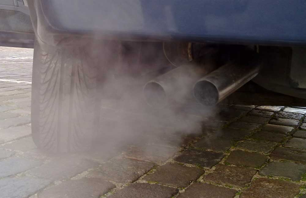 A régi diesel autók (de az újak is) komoly légszennyezést okoznak hazánk levegőjének.