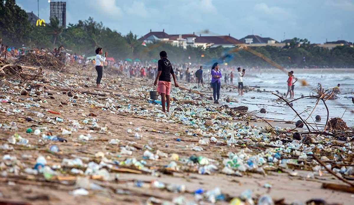 Az óceáni műanyaghulladék problémája nem oldható újrahasznosítással