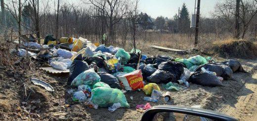 Fóti hulladéklerakat M3-as autópálya mellett