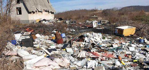 Mohács festői tája és tonnányi hulladék