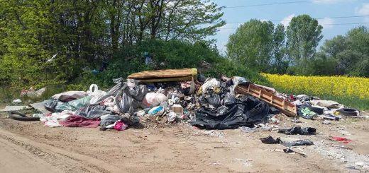 Csörögi-dűlő több kilométeres hulladéklerakatai