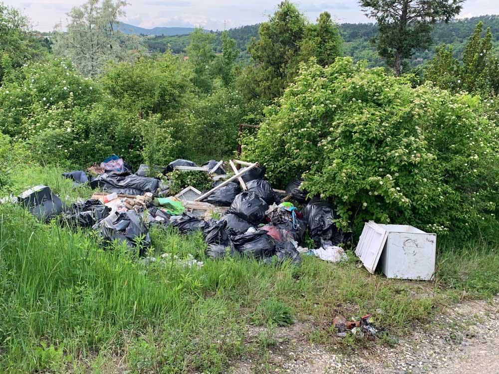 Budapesten csupán 17 hulladékudvar van. Miért nem lehetett mindezt odavinni?