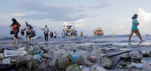 Kifürkészhetőbb lesz a műanyag útja | ÚJ SZABÁLYOZÁS