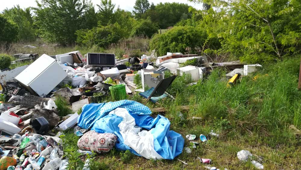 Hulladék, hulladék hátán a Győr-Moson-Sopron megye településén.