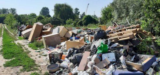 Illegális lomitelep és hulladékégetés Csepelen